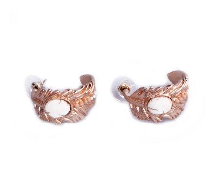 Boucles d'oreilles Lolilota Plumes courbées dorées perles blanches