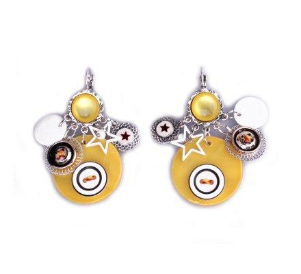 Boucles d'oreilles breloques jaunes bouton blanc et noir
