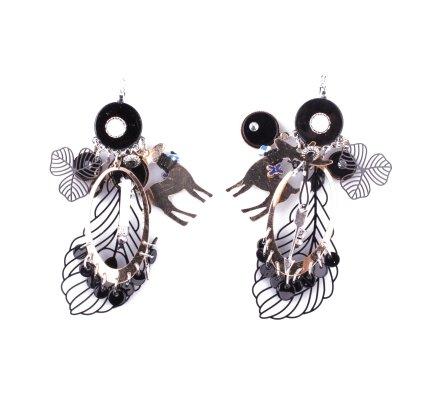 Boucles d'oreilles Lolilota breloques biche et feuilles argent dorées et noires