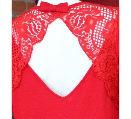 Pull rouge dos ajouré dentelle et petit nœud
