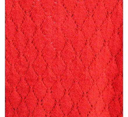 Pull rouge ample ajouré losanges col V maille douce