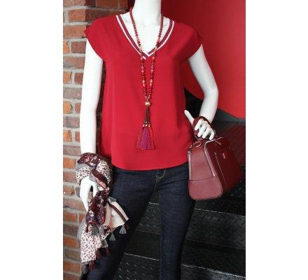T-shirt rouge bordeaux sans manches col V rayures noires et blanches pailletées