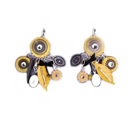 Boucles d'oreilles breloques jaunes et noires rosaces et plumes